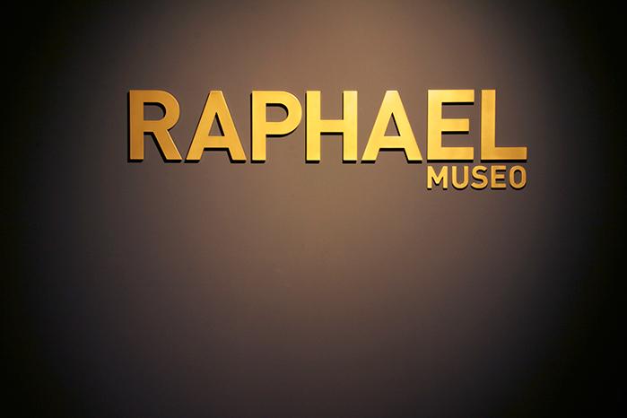 01RAPHAEL